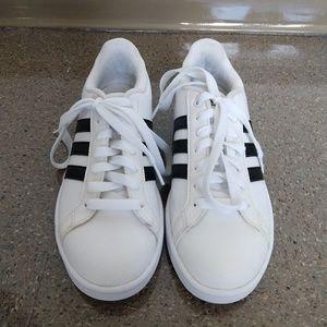 Adidas Neo cloudfoam size 6
